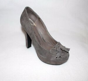 fd6435f5959 Image is loading Chinese-Laundry-Gray-Suede-Leather-Heels-Tassels-Platform-