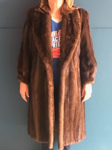 VINTAGE LADIES  BROWN FULL LENGHT MINK  COAT POCKE