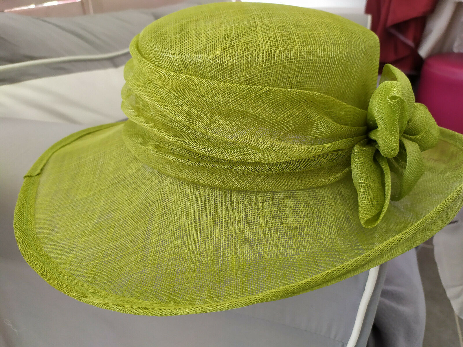 Wedding hat straw/ceremony colours: green anis