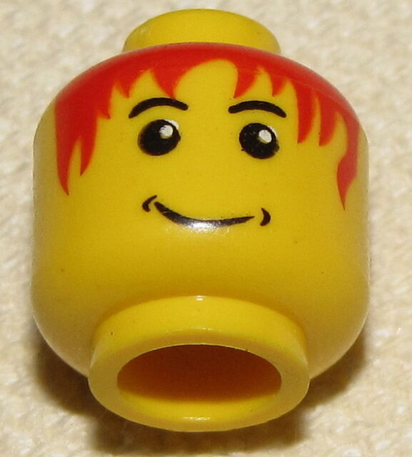 LEGO NEW MINIFIGURE HEAD FLESH WITH BROWN HAIR /& RED LIPS FROWNING MINIFIG FACE