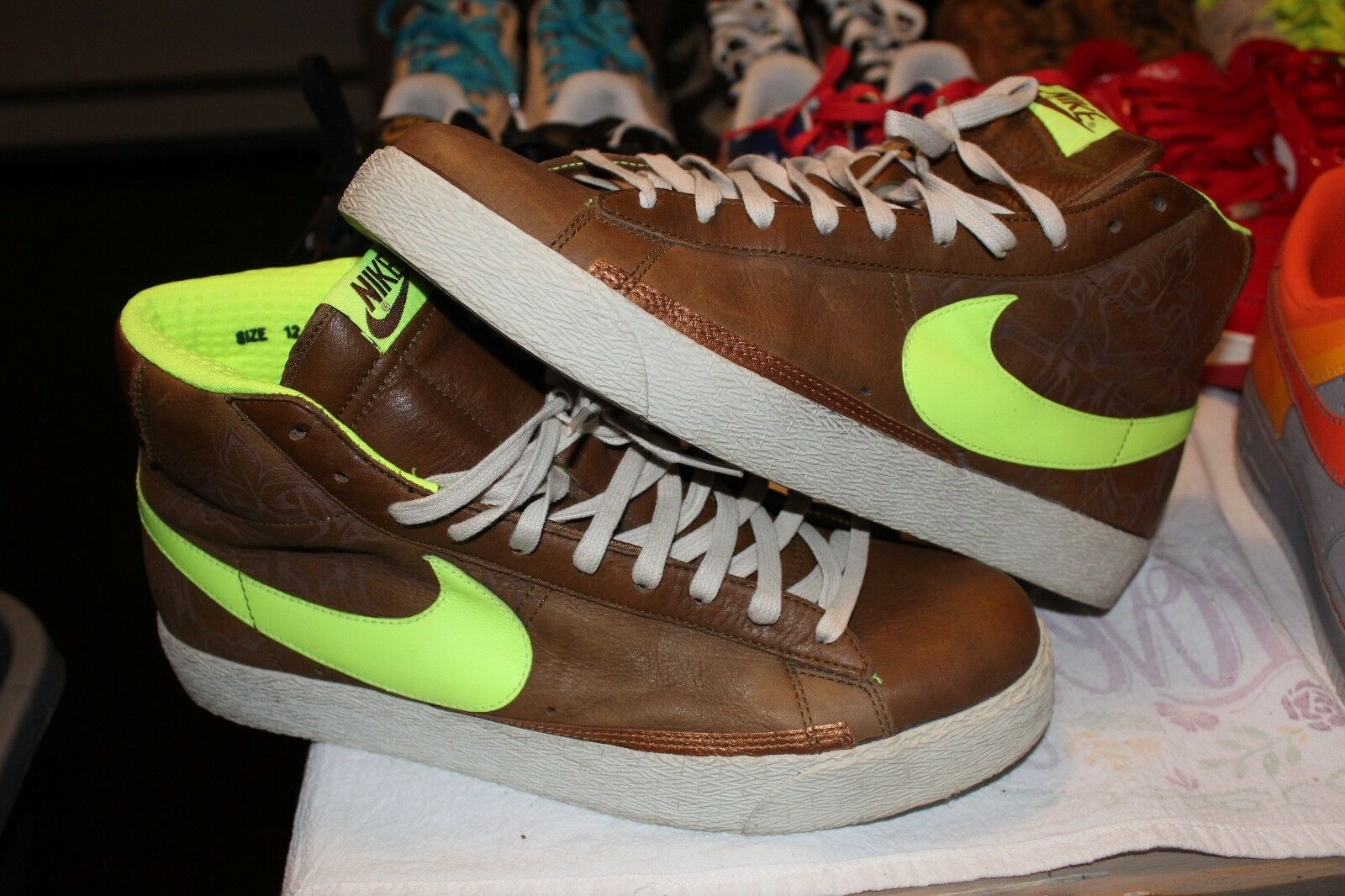 Nike Blazer High Major Taylor Brown Bronze Neon