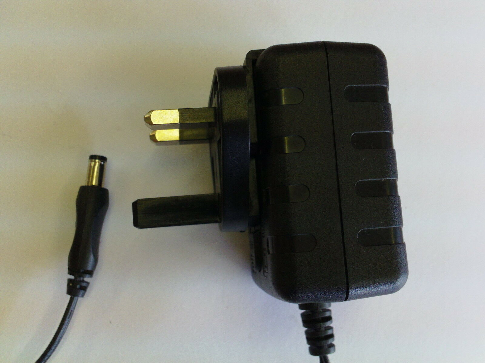 12.0V 1.5A AC-DC AC-DC ADAPTOR for Flypower Switching Adapter PS18K1201500UE 12V