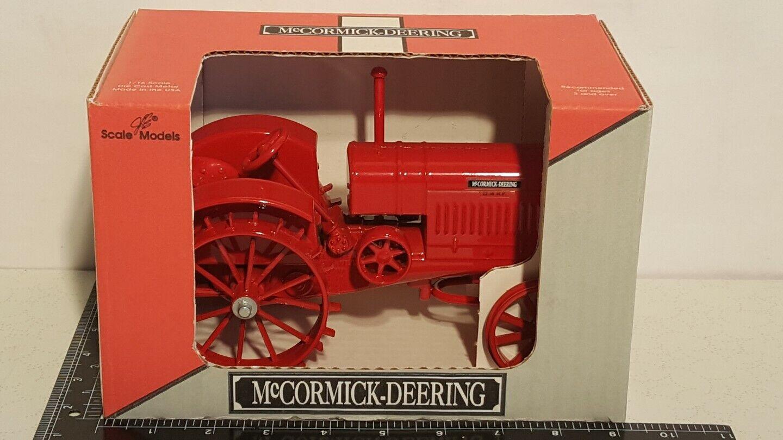 McCormick Deering 22-36 H.P. 1 16 diecast lanttraktor kopia av Scale modells