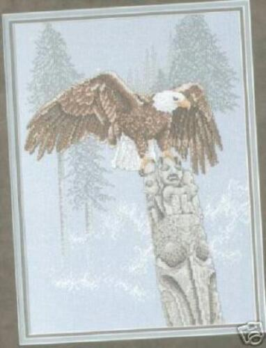 Totem Counted Cross Stitch Chart Pattern Eagle On Top Of A Totem Pole In Winter