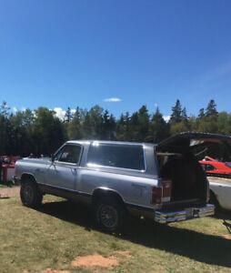1984 Dodge Other Pickups Royal se