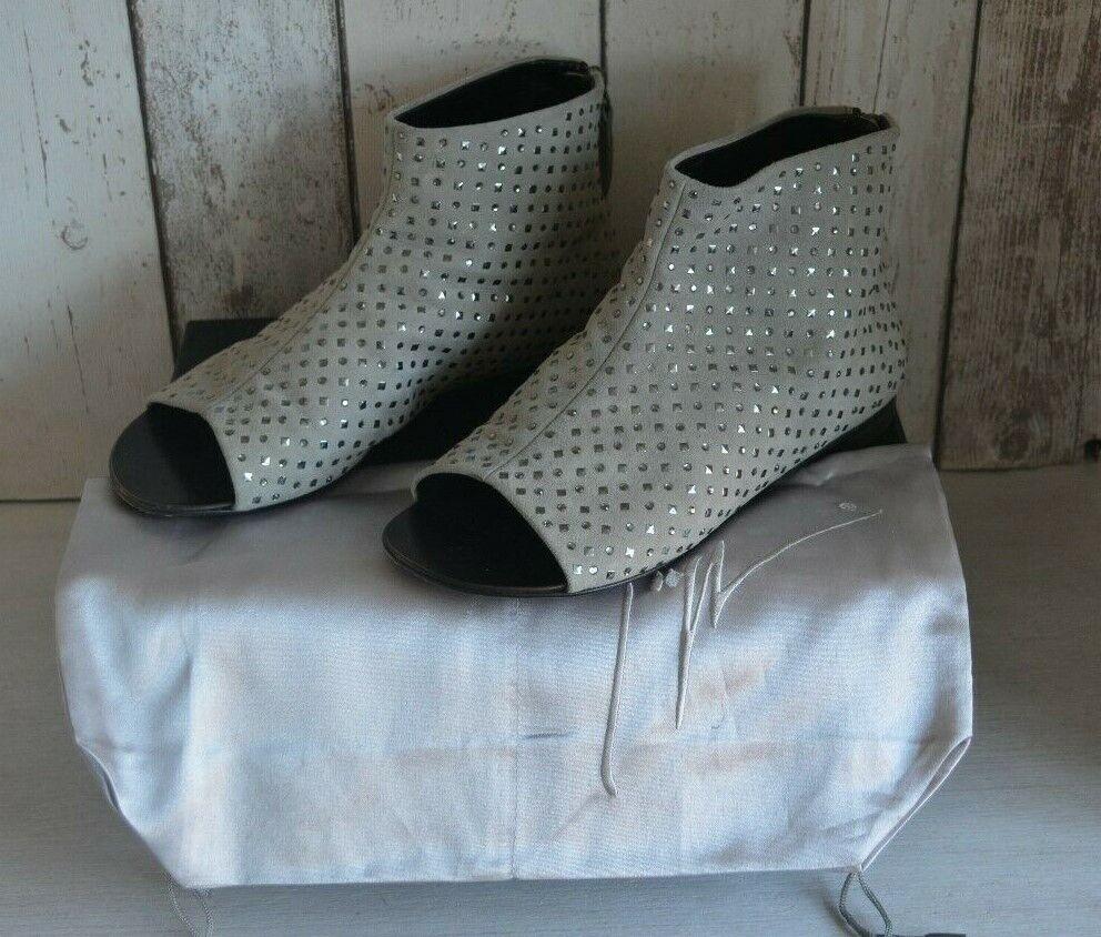 Original authentic Giuseppe Zanotti Open Toe suede ankle boots Eu 34  RARE