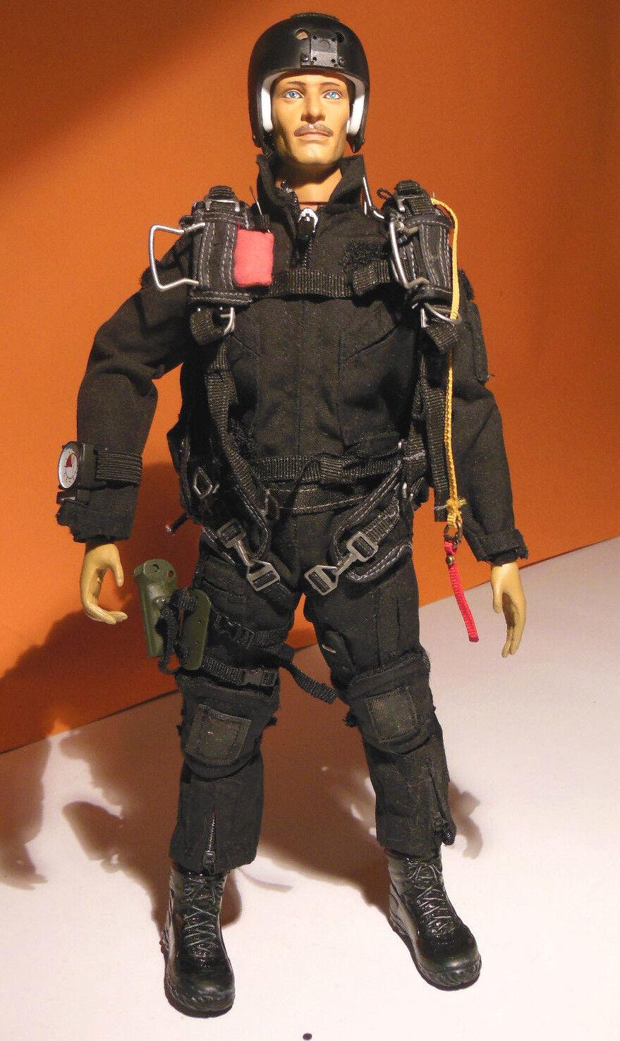 Parachutist Paratrooper 1 6 30 CM. Military ACTION FIGURE NO HOT TOYS