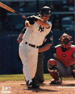 Tino-Martinez-New-York-Yankees-UNSIGNED-8x10-Photo