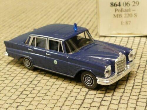 1//87 Wiking MB 220 S Polizei Berlin 864 06