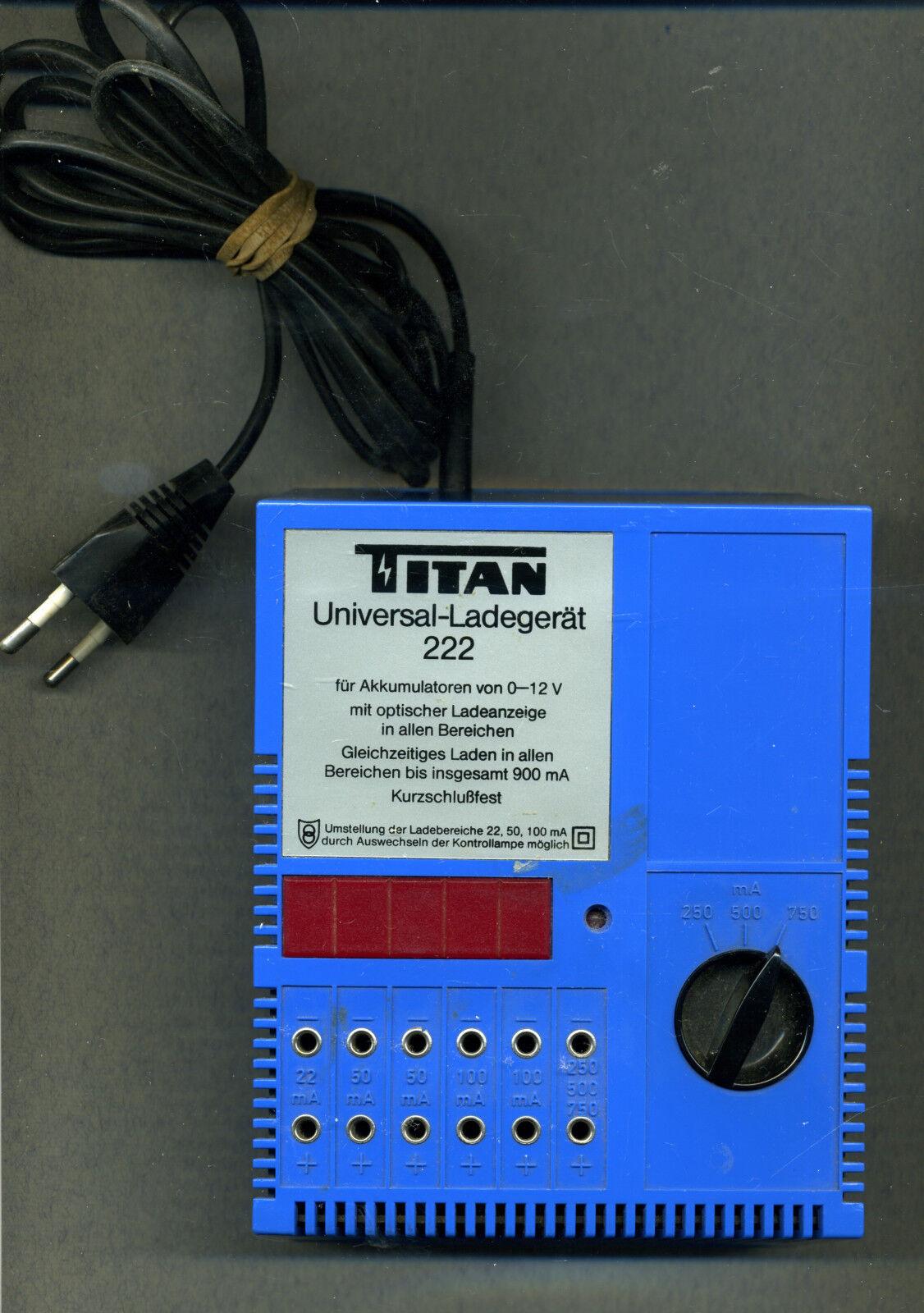 TITAN -- caricabatterie universale -- 222 -- TOP -- 0 a 12 V -- ottici indicatore di carica