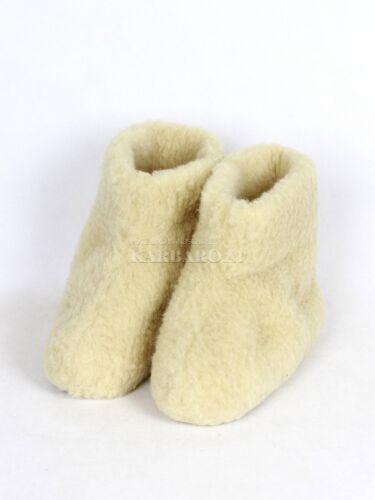 Hüttenschuhe aus Schafwolle