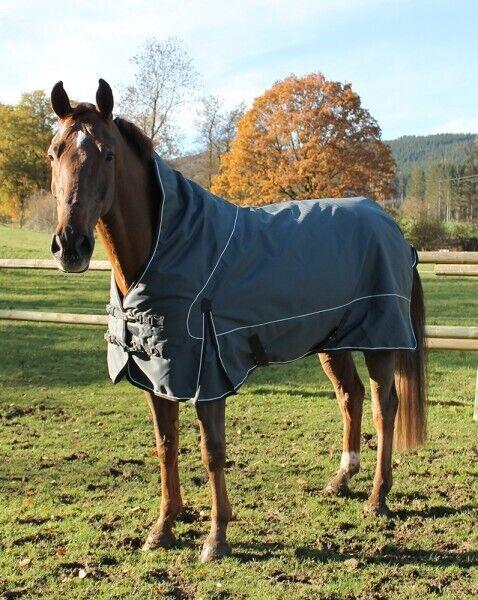 Winterdecke ´Stebbins´ grau 135 cm Pferdedecke Outdoordecke Decke Pfiff 102205