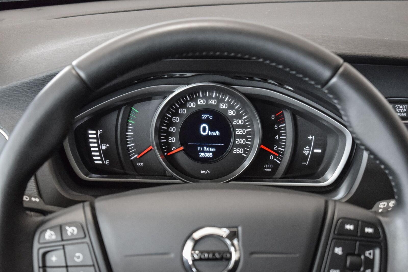Volvo V40 2,0 T3 152 Kinetic - billede 9