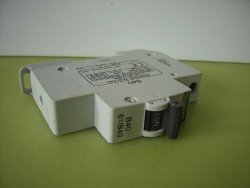 Circuit Breaker Fuse Grey Clip, Black lever, Plug in Crabtree Starbreaker MCB
