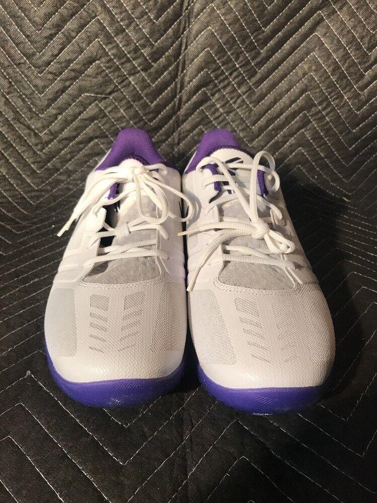 Nike Men KB Mentality 704942 101 SIZE 13 White Court Purple Persian Violet