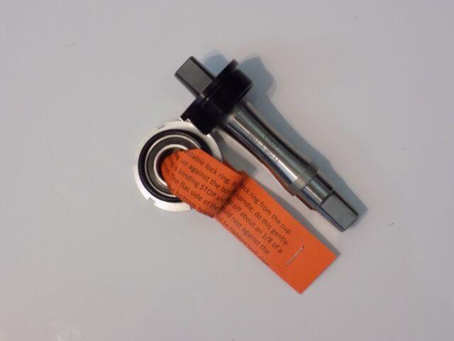 JIS Bottom Bracket 68x113 mm TITANIUM WHITE Industries  Square Taper