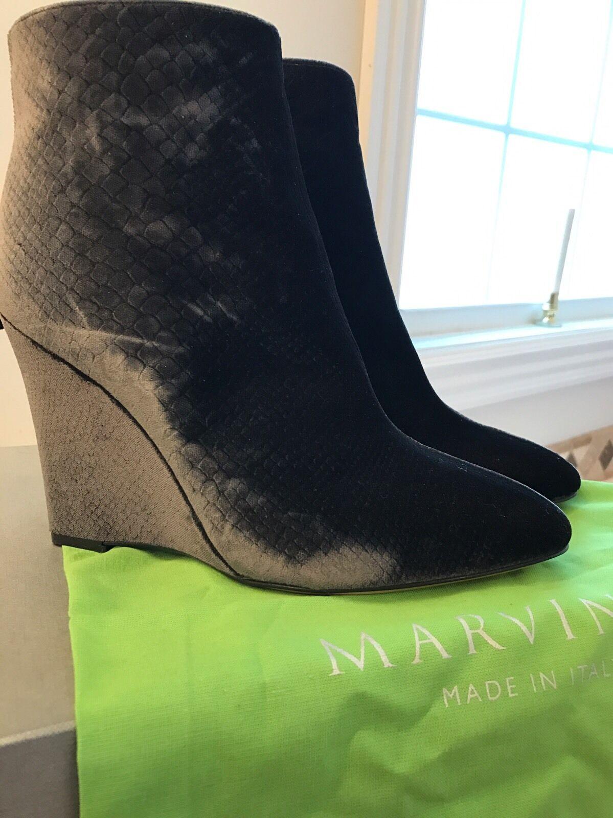 550 Marvin K. Womens Mani Gray Velvet Wedge Ankle Boots 10 Medium (B,M)