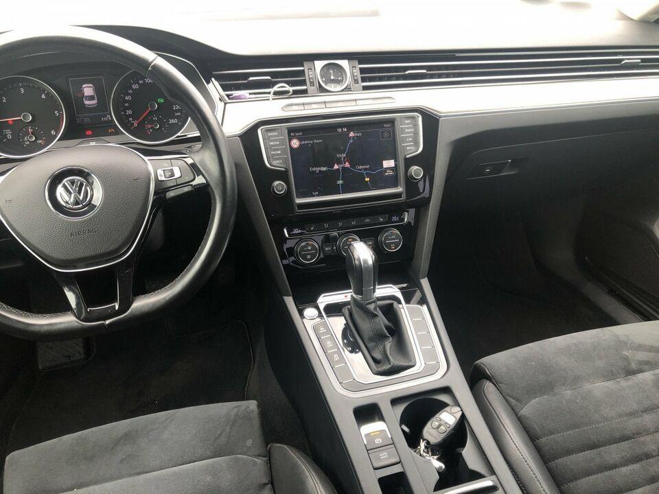 VW Passat 2,0 TDi 240 Highl. DSG 4M Diesel 4x4 4x4 aut.