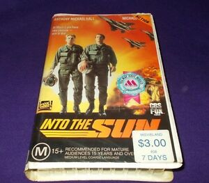 INTO-THE-SUN-VHS-PAL-CBS-FOX-FOX-VIDEO-ANTHONY-MICHAEL-HALL
