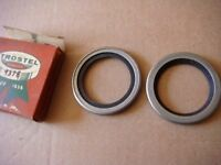 55 56 57 58 59 Chrysler Desoto Dodge Front Wheel Grease Seals