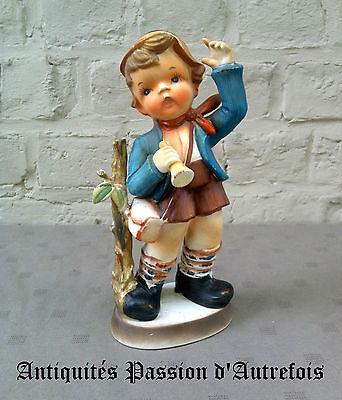 2019 Nieuwste Ontwerp B20151861 - Figurine En Céramique Goebel - Boy With Korn - Très Bon état Elegante Verschijning
