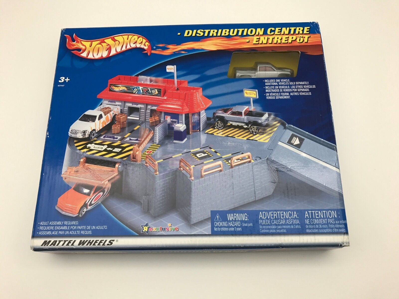 Brand New in BOX Mattel Hot Wheels Distribution Centre Toy R Us Exclusive