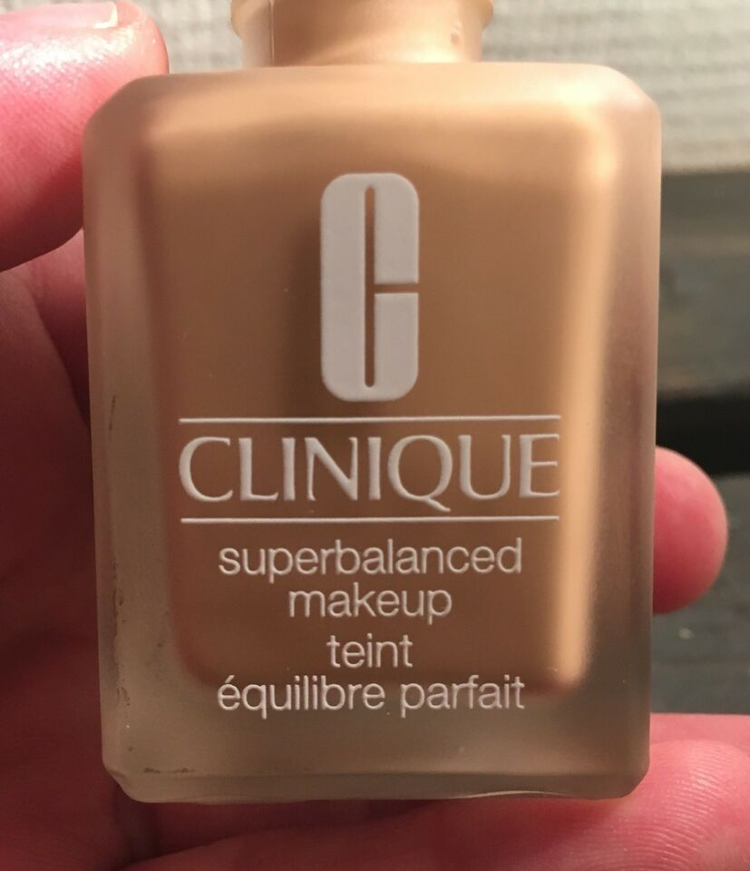 Makeup, Foundation, Clinique