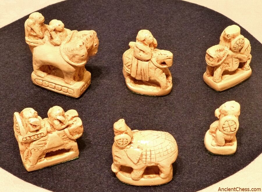 AFRASIAB: OLDEST CHESS Uomo EVER DISCOVErosso C. 700 AD - REPRODUCTION OF FULL SET