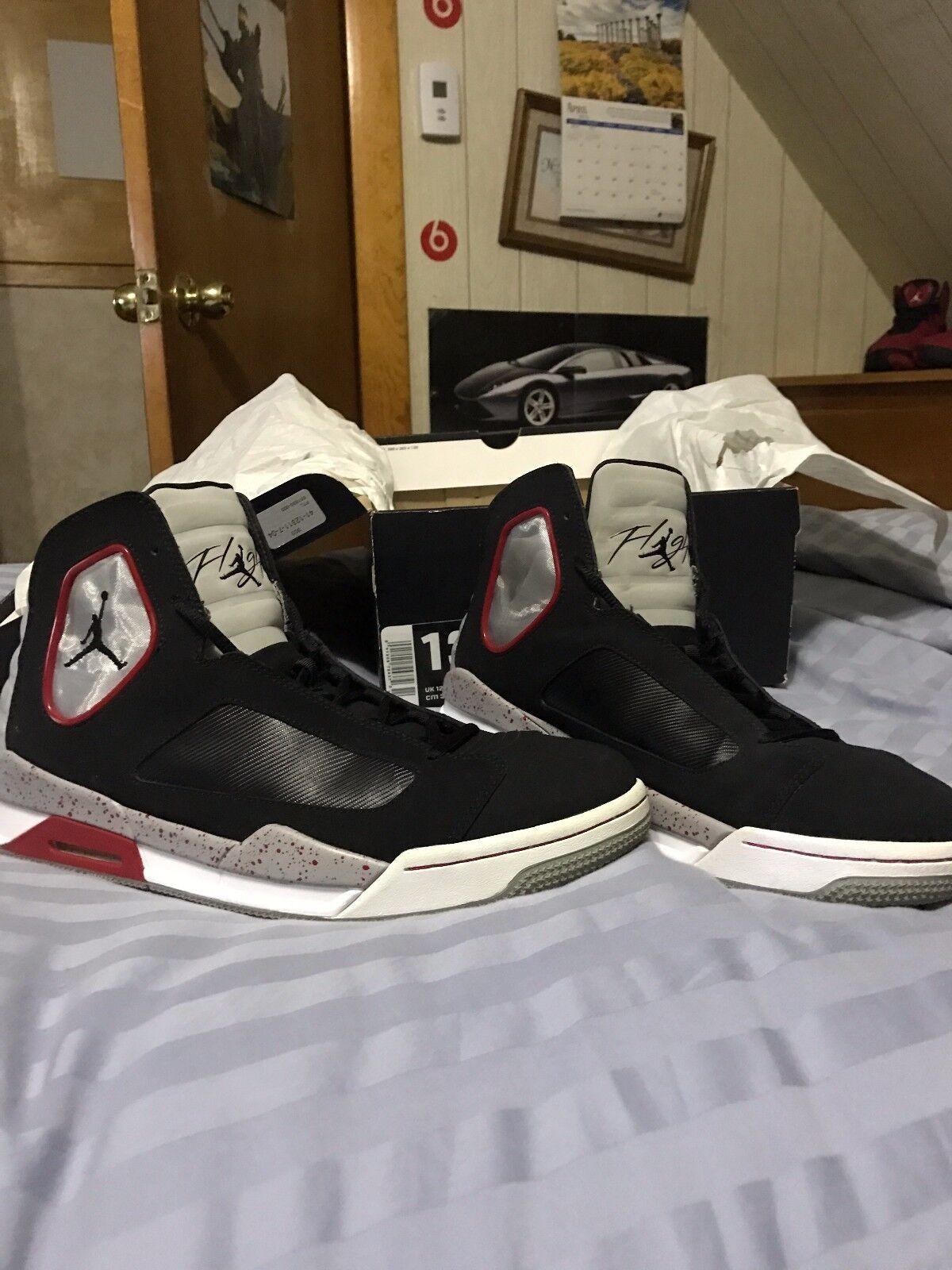 Nike Air Jordan Bred Flight Luminary Size 13