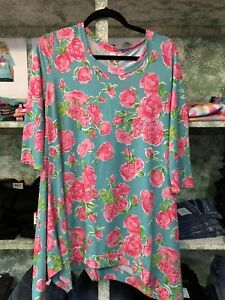 66ea922a7de Image is loading Simply-Southern-Shark-Bite-Tunic-in-Rose-Print