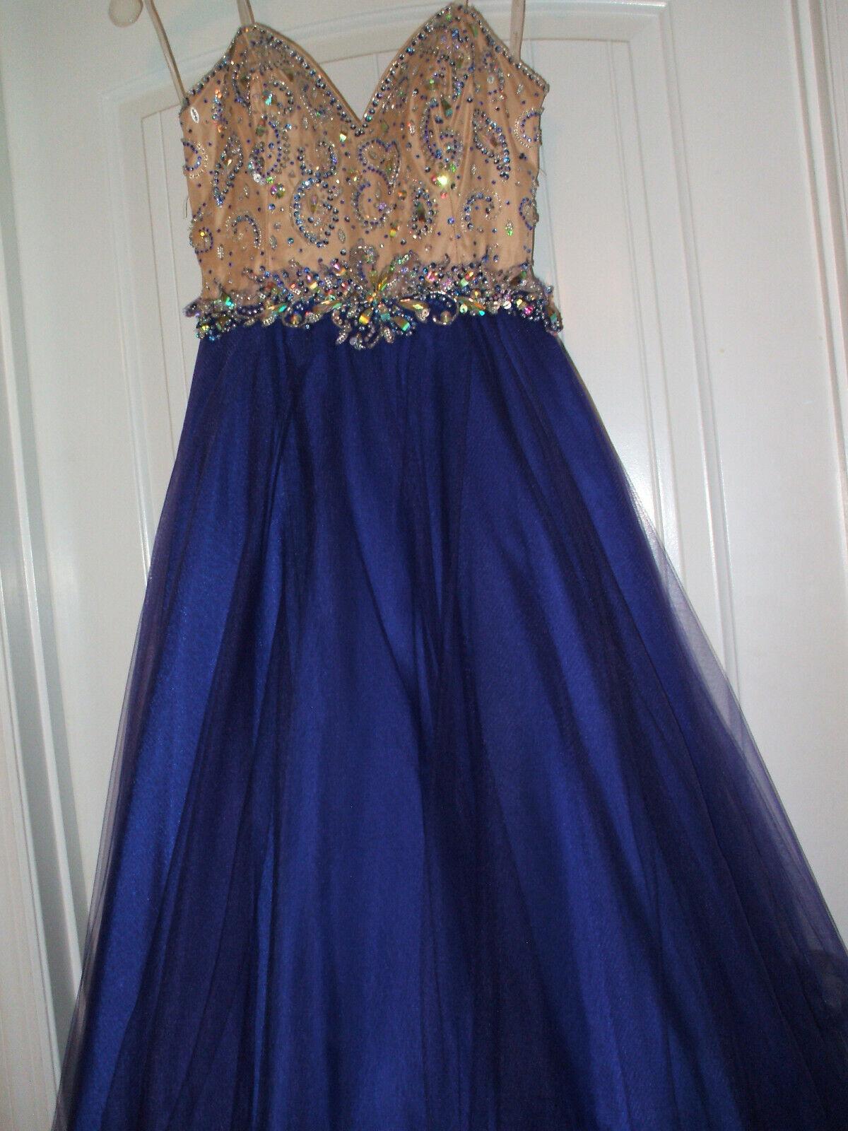 Formal long prom dress size 8