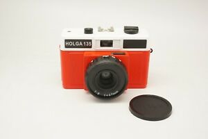 Holga-135-Used-35mm-Red-White-Film-Camera-discontinued