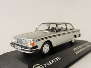 Volvo-242-GT-1978-SILVER-1-43-Triple-9-Collection-T9P-10012-LIMITED-240-Coupe
