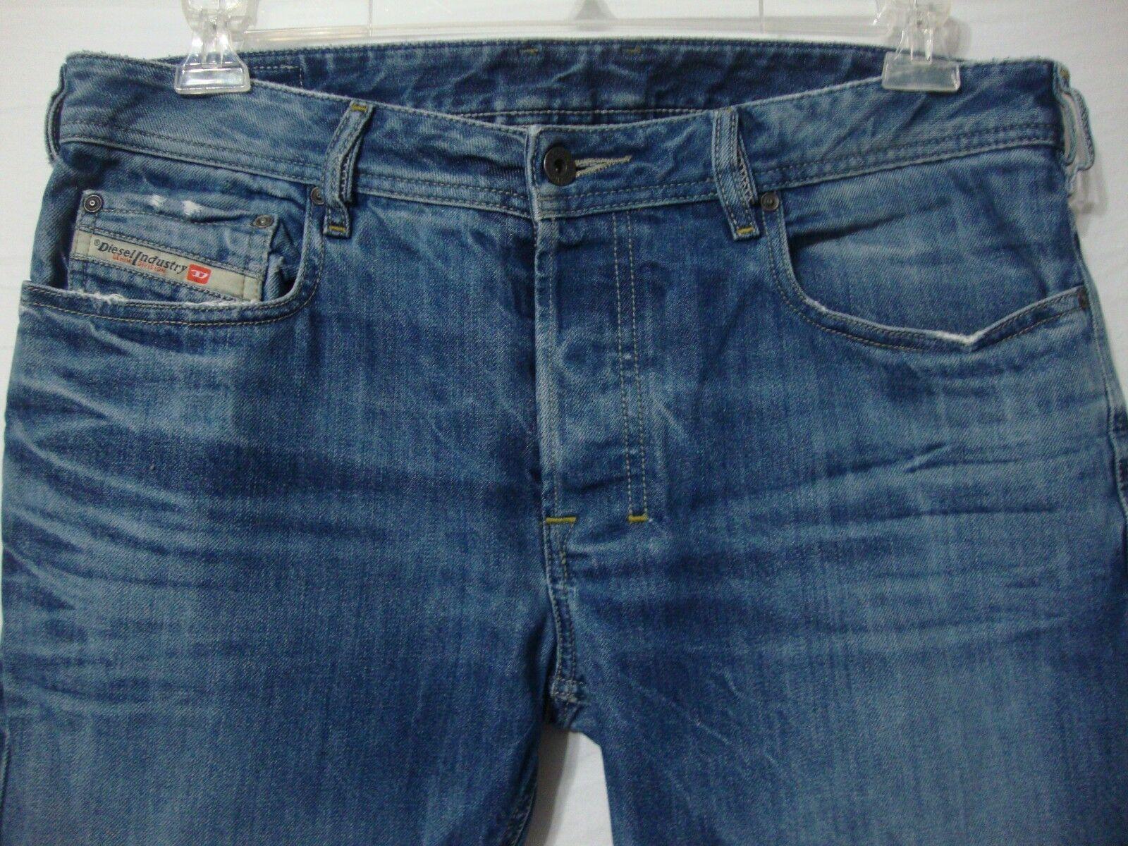 DIESEL Zathan Regular Boot Cut Men's Jeans 32 x 30 Button Fly Distressed Denim