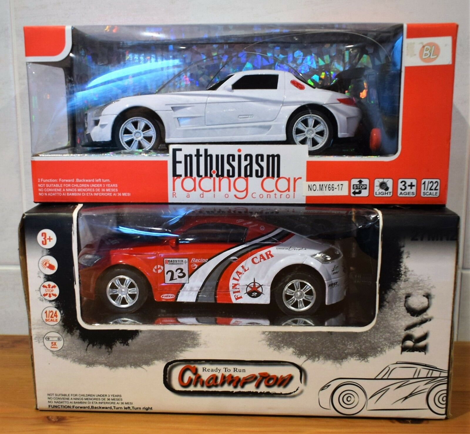 RADIO CONTROLLED SPORT AUDI TT LIKE Or MERC LIKE 1 24 Or 1 22 SCALE BATTERY POWE