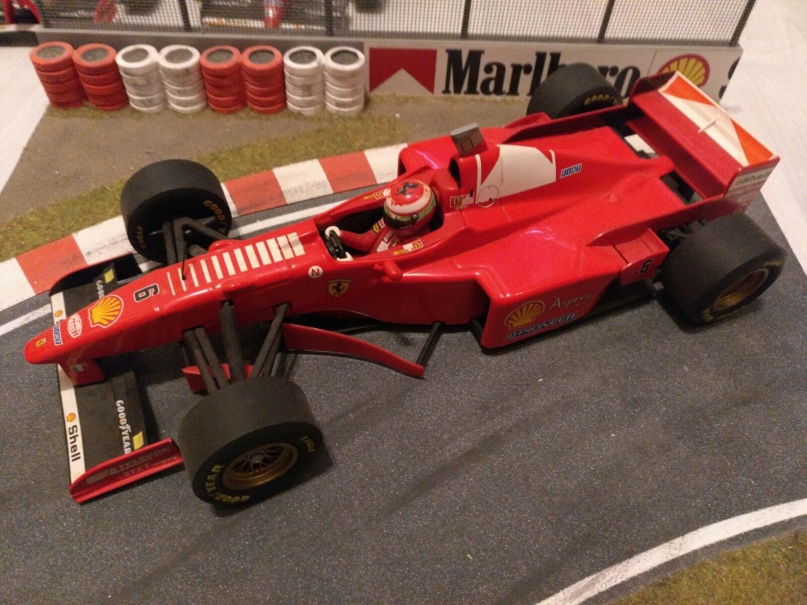 Ferrari 1   18 minichamps irvine f310b