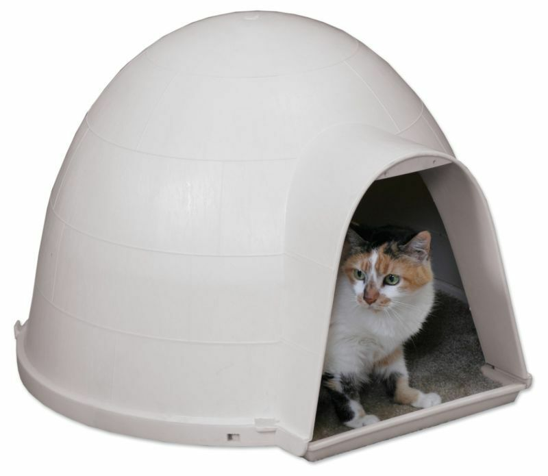 Outdoor Cat House Igloo Warm Dry Cat Shelter Durable Cat Bed Carpeted Floor Wow