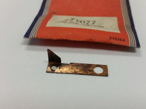 Briggs /& Stratton 221077 Blade-Switch