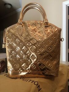 f3635241bfd8 Image is loading AUTH-Louis-Vuitton-Limited-Edition-Gold-Monogram-Miroir-