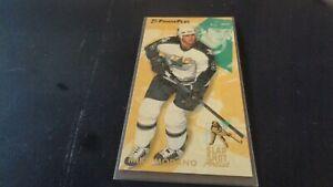 1993-94 Fleer Hockey Slap Shot Artist #8 Mike Modano - Dallas Stars - NHL  - MT