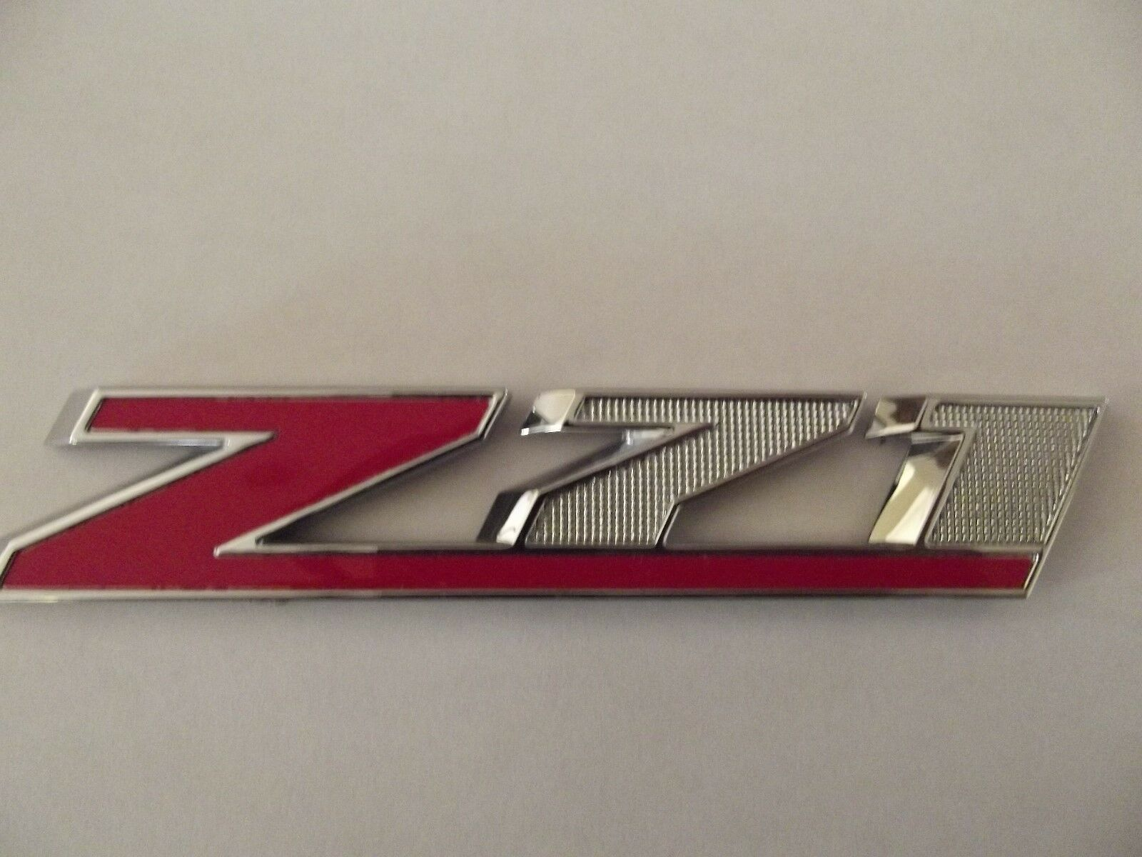 OEM NEW Front Grille Z71 Emblem Badge Chrome w// Red 14-16 Chevrolet GMC 23432559