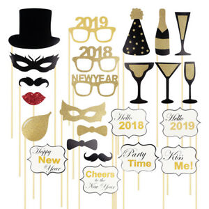 24pcs 2019 New Years Eve Party Card Masks Photo Booth Props