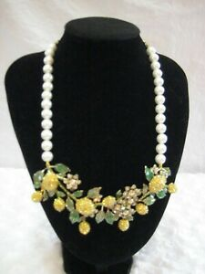 HEIDI-DAUS-034-Lemon-Blossoms-034-Bib-Style-Beaded-Necklace-Orig-289-95