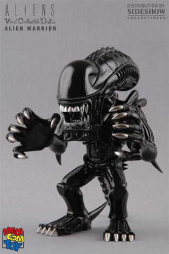 "NEW NIB Medicom Vinyl Collectible Dolls Aliens Xenomorph 8"" Action Figure"