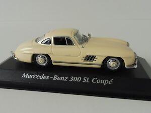 Mercedes-Benz-300-Sl-Coupe-1955-1-43-Maxichamps-940039002-By-MINICHAMPS-Blanco