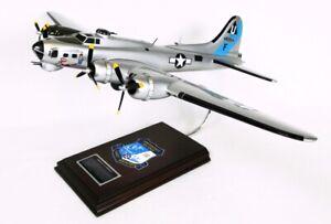 USAF-B-17G-Sentimental-Journey-Desk-Display-1-62-WW2-Model-Aircraft-ES-Airplane