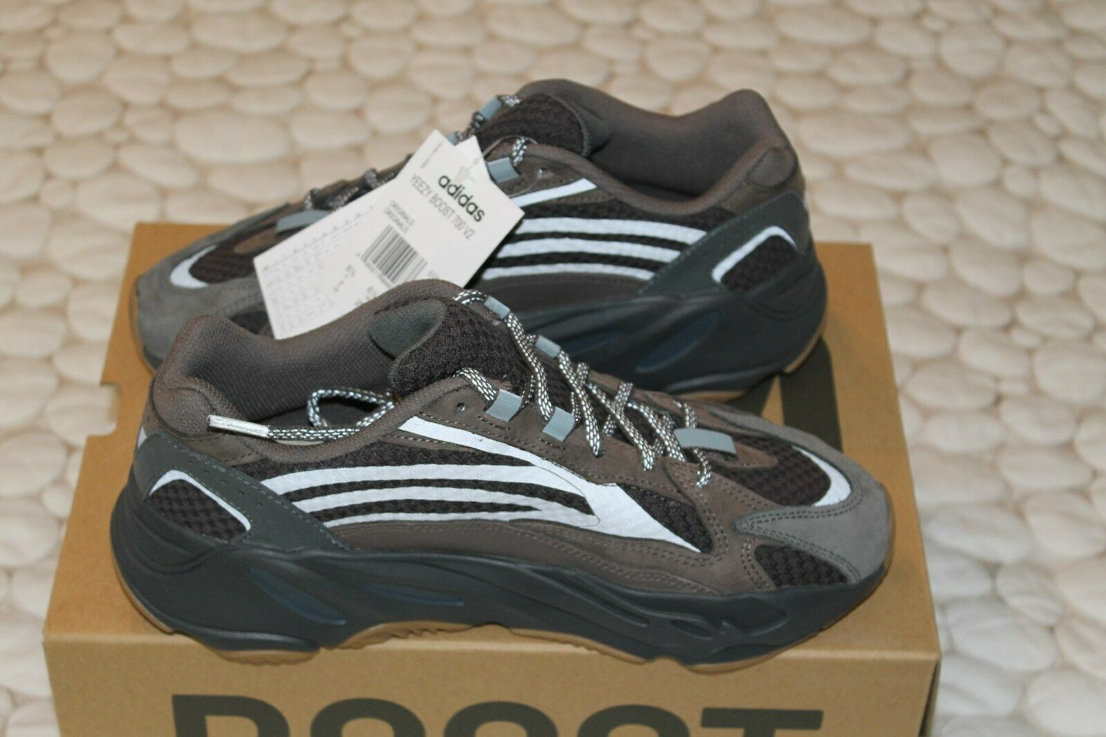 bcee83584ee Adidas Yeezy 700 V2 Geode EG6860 New Size 7 100% authentic Boost ...