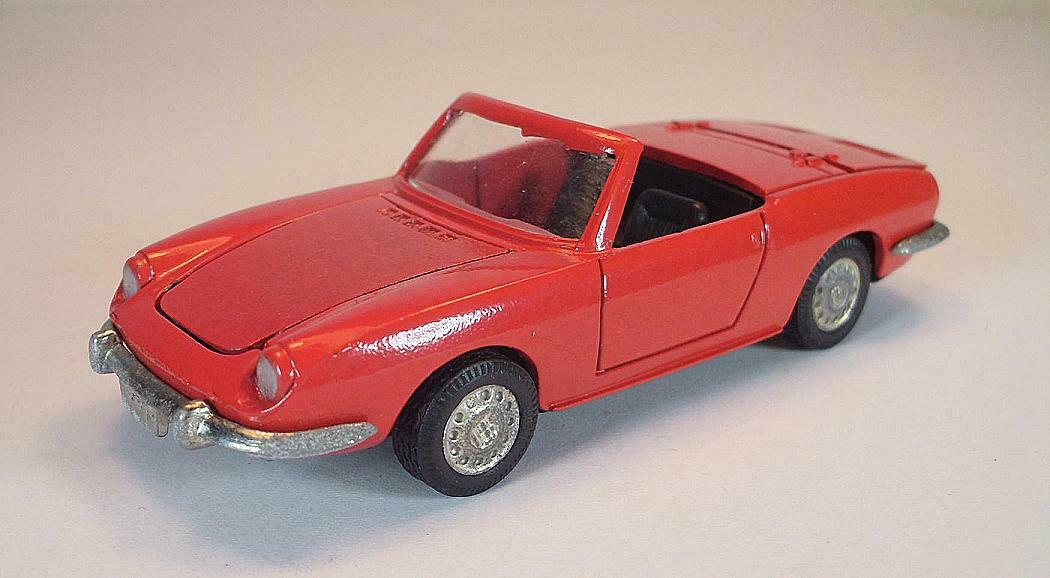 Auto Pilen 1 43 no 317 Seat 850 Spyder Congreenible Red