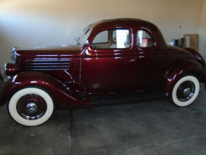 1935 Ford Deluxe Rumble Seat Coupe