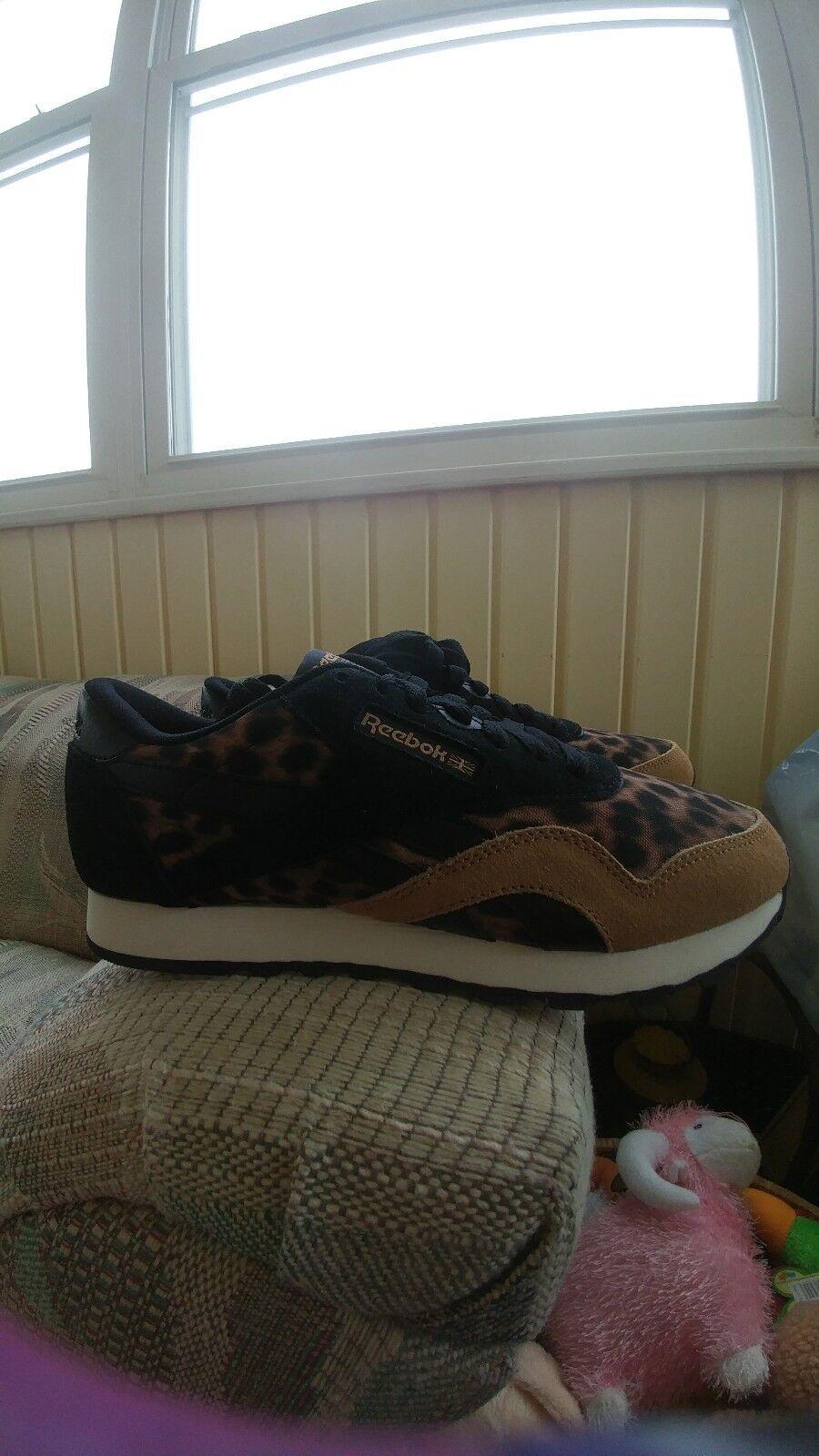 Reebok Classic Nylon Women's shoes Size 7